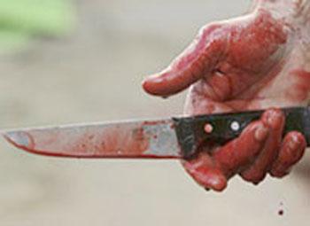 Cəlilabadda icra hakimiyyətinin işçisi və oğlu bıçaqlandı