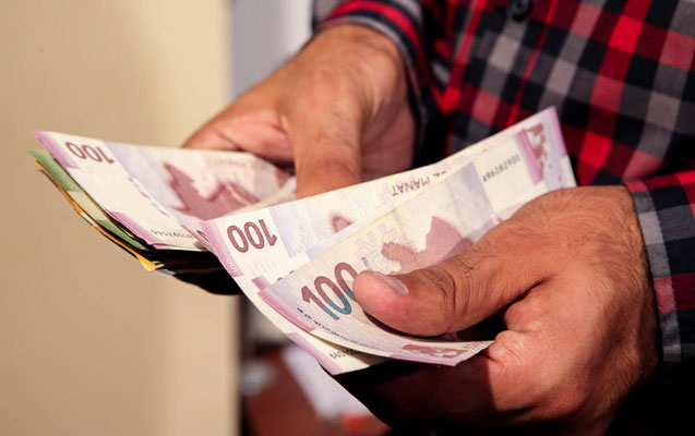 Üç ayda əhalinin gəlirləri 9,8 faiz artıb