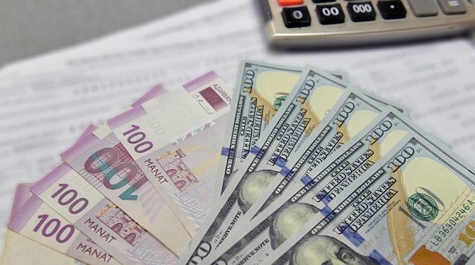 Manat sabit qaldıqca, dollarlaşma azalır – TƏHLİL