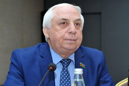 """""""Novruz Məmmədov heç bir qruplaşmada olmayıb"""" – DEPUTAT"""