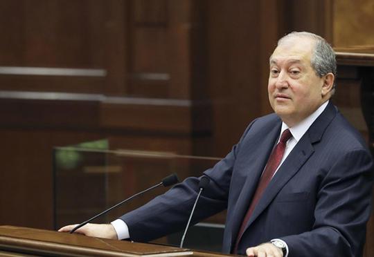 Ermənistan prezidenti hökumətin istefasını qəbul etdi