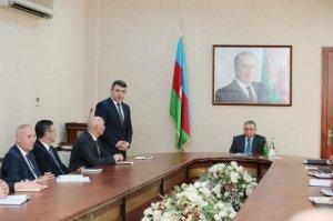 Ramiz Mehdiyev yeni kənd təsərrüfatı nazirini kollektivə təqdim etdi