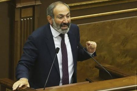 """""""Paşinyan Saakaşvilinin deyil, İvanişvilnin metodlarından istifadə edir"""" – Gürcü ekspert"""