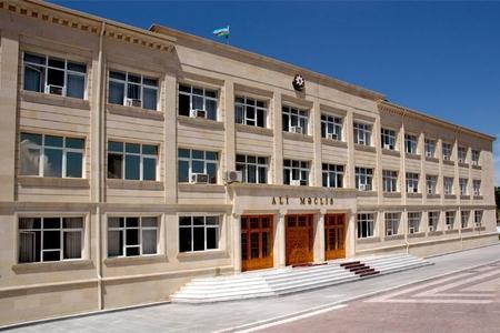 Vasif Talıbov baş nazirin birinci müavinini işdən çıxardı