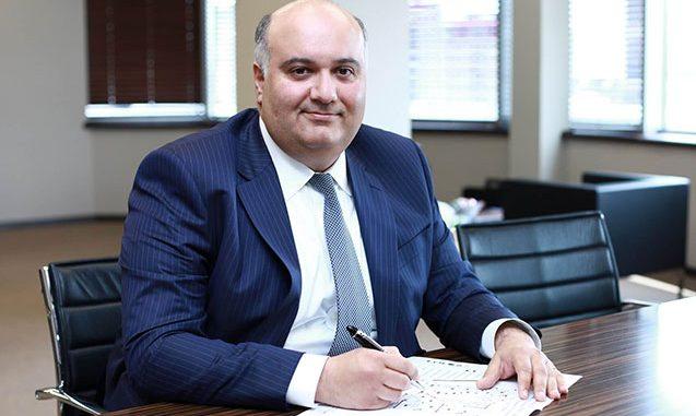 Yeni icra başçısı bank sədrinin qardaşıdır
