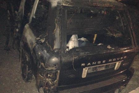 """İki gəncin həyatına son qoyan """"Range Rover""""in sürücüsü gizlədilir"""