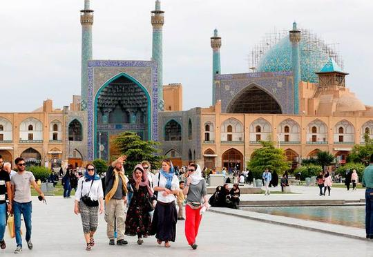 Azərbaycanlılar İrana getmir?