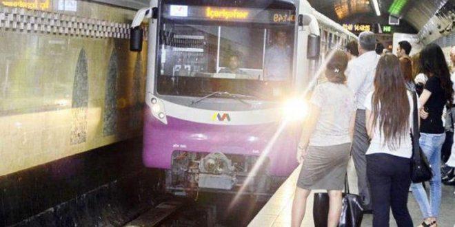 Bakı metrosunda TƏHLÜKƏLİ ANLAR: Maşinist iki vaqonun arasına düşdü
