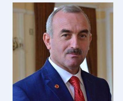 Atatürkün ilk canlı rəsmini çəkən azərbaycanlı rəssam